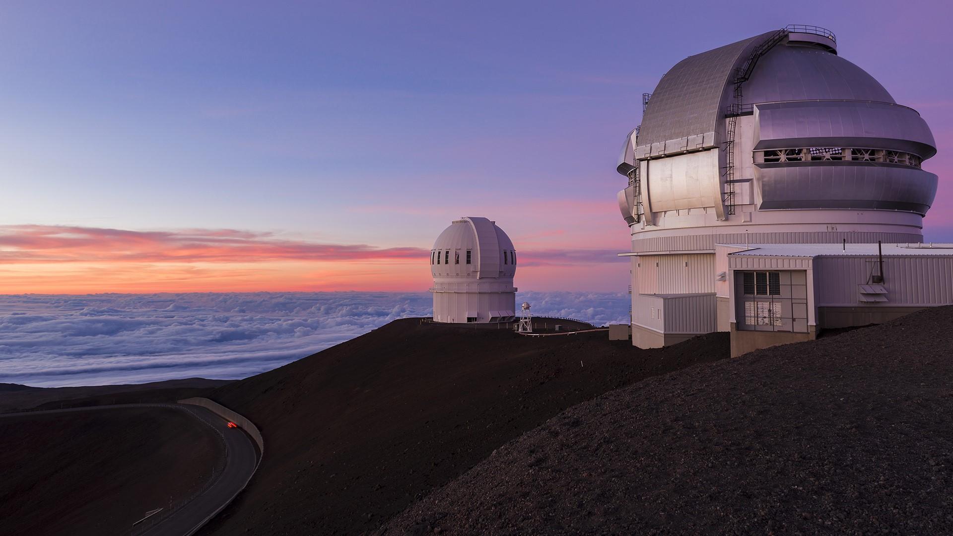 Astronomical Observatory, Mauna Kea, USA 1920x1080.jpg